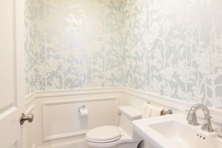 Carver Road House bathroom
